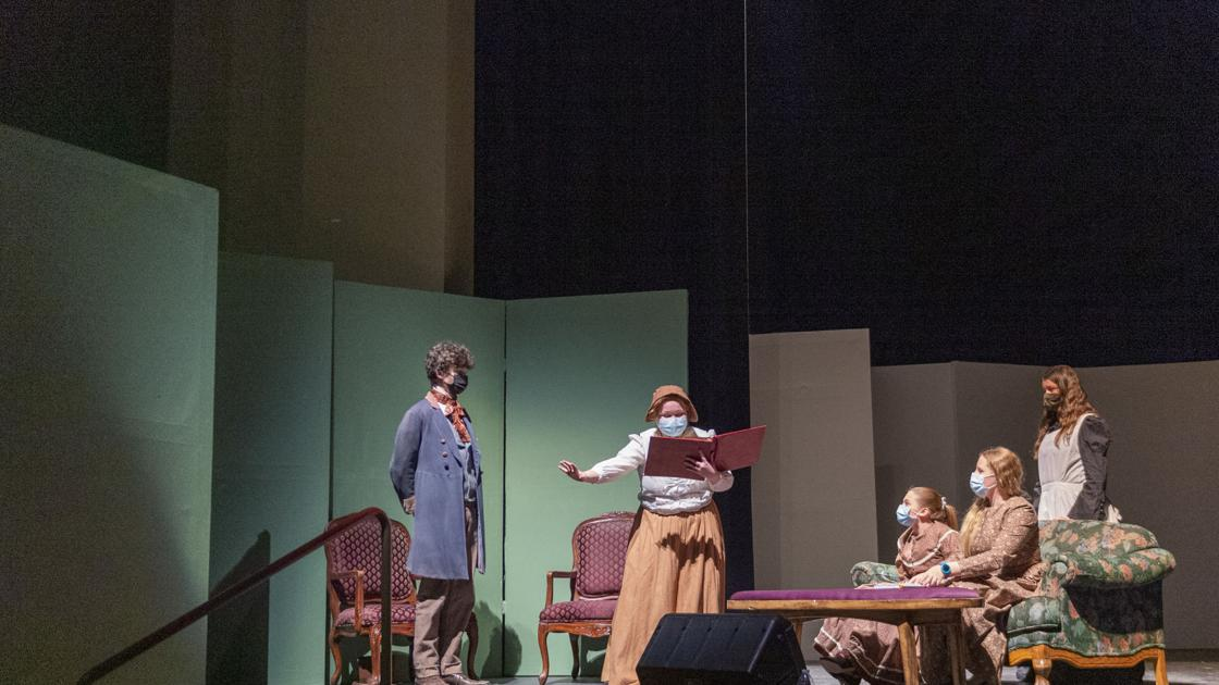 Working together: Robert Stuart, Canyon Ridge students join forces to put on 'Little Women'