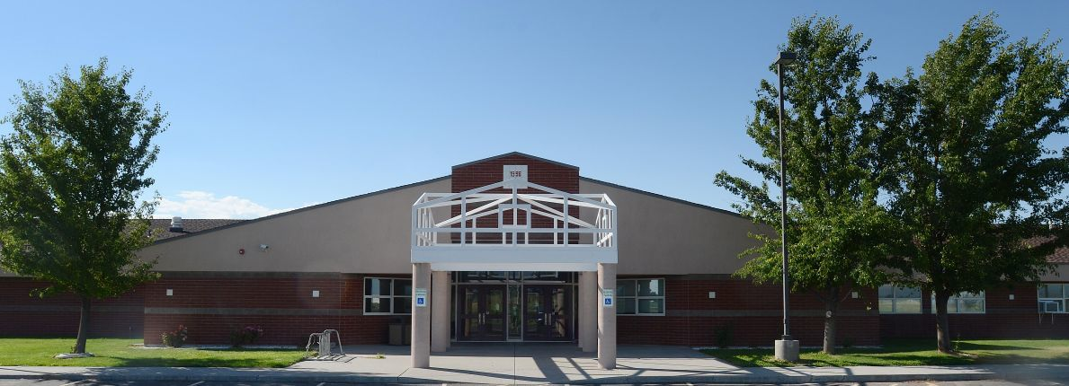 Filer High School exterior