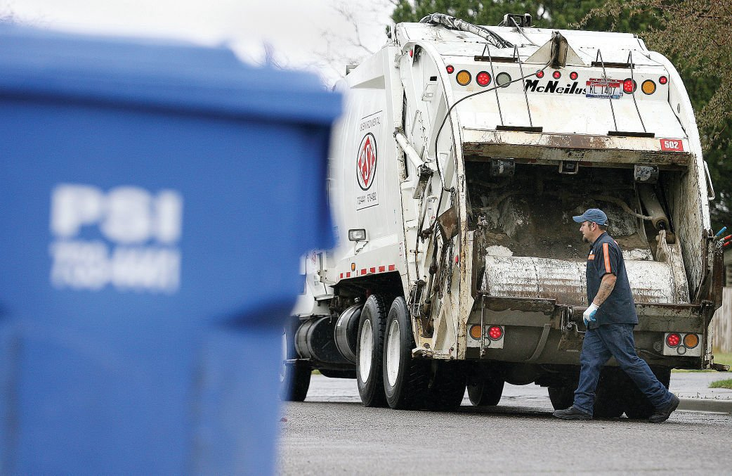 Garbage truck, can