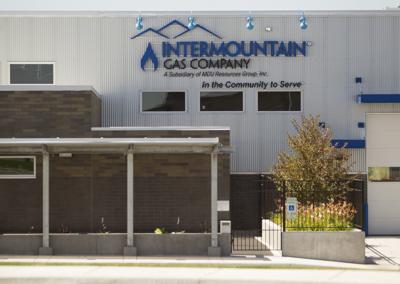 Crossroads Point Business Center