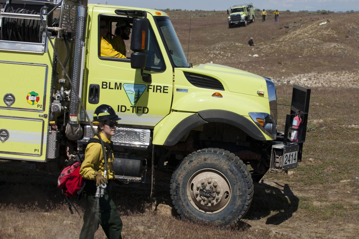 Update Lava Rock Creates Extra Battle For Firefighters Near Shoshone Local Magicvalley Com