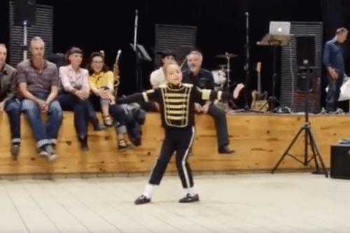 Michael Jackson's Dance Moves No Problem For Boy At School Talent Show