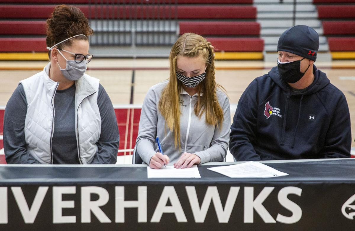 Zoey Beebe signs with North Idaho College