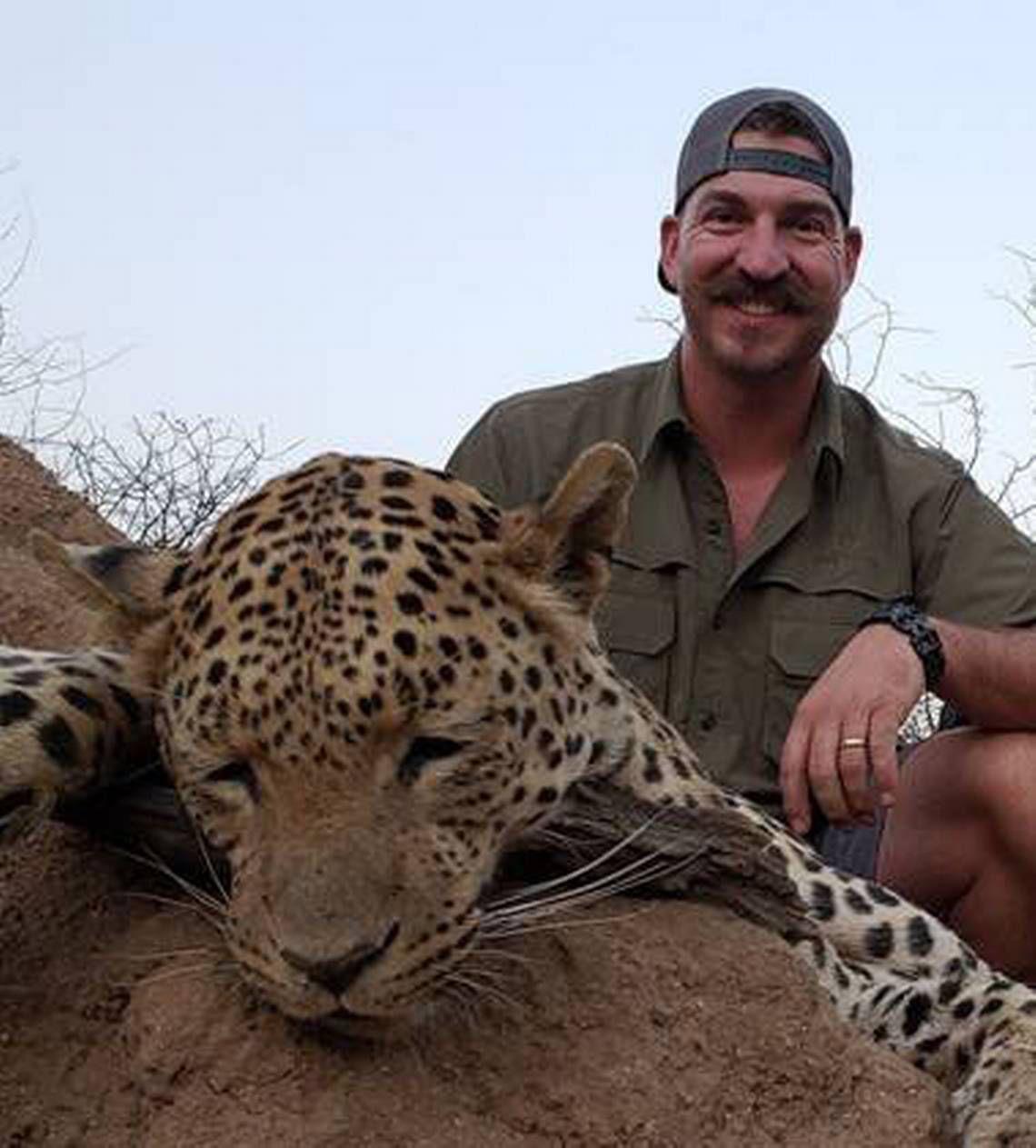 Idaho Gov  Butch Otter says hunter 'tainted' Idaho's