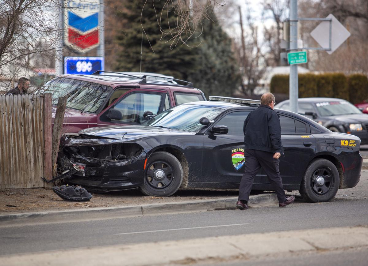 Police end pursuit at Washington and Addison