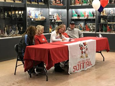 Savannah Fitzgerald signing day