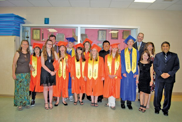 Eight Students Graduate from Idaho School for the Deaf and the Blind