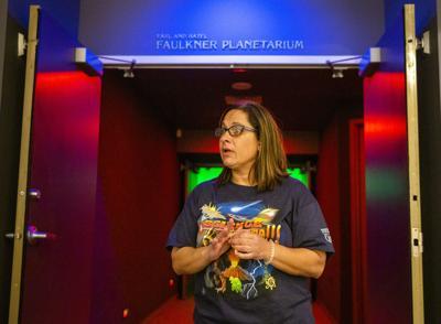 Spanish shows at Faulkner Planetarium