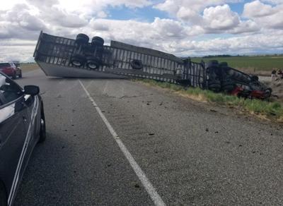 Crash blocks one lane of I-84 east of Wendell | Southern