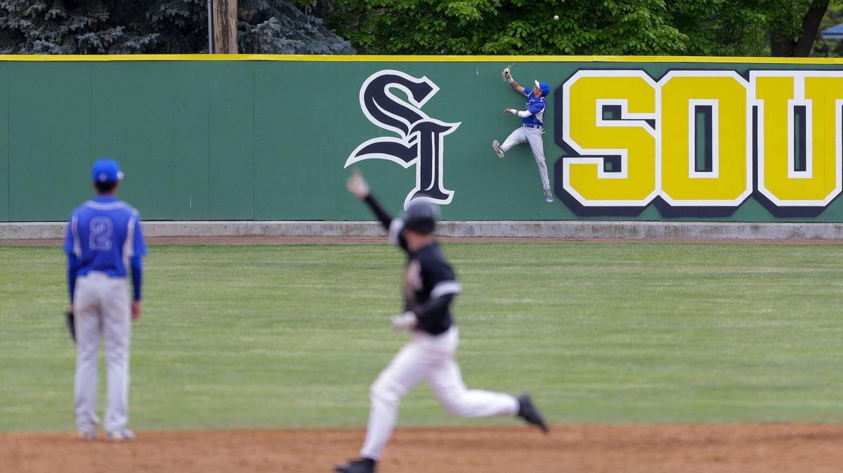 Baseball: Region 18 title game between CSI and SLCC