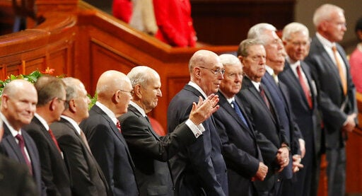 At 94, Mormon president proves himself open to change