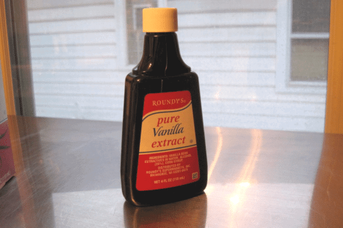 Need A Substitute For Vanilla Extract? Check Your Liquor Cabinet