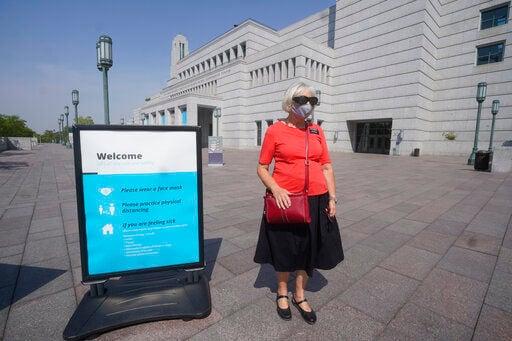 Mormon vaccine push ratchets up, dividing faith's members