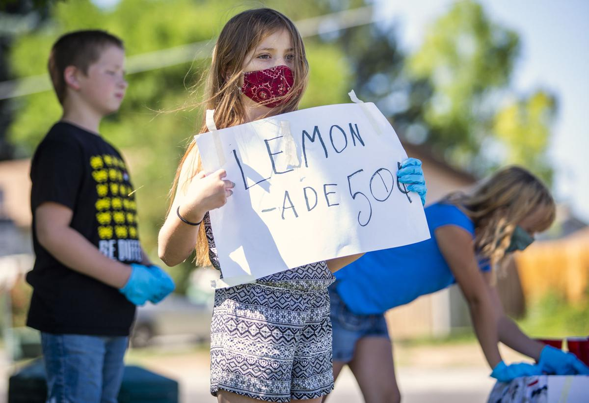 Selling lemonade in a quarantine summer
