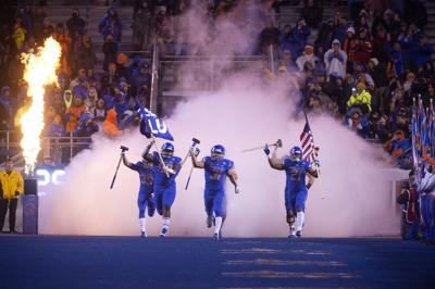 Boise State takes on Fresno State