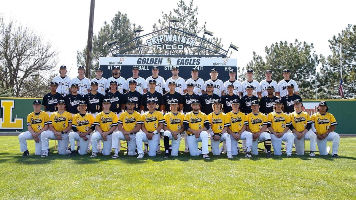 2021_csi_baseball_team.jpg