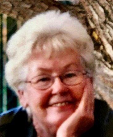 Obituary: Edna May Lee