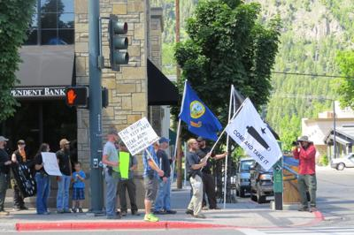 Open-carry supporters in Ketchum