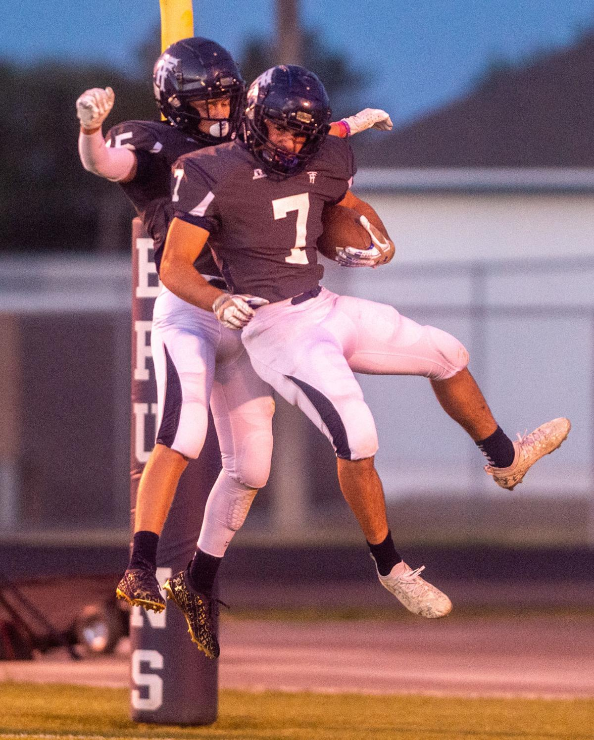 Wood River and Twin Falls battle it out in conference play