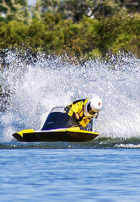 Regatta brings boat races to Burley