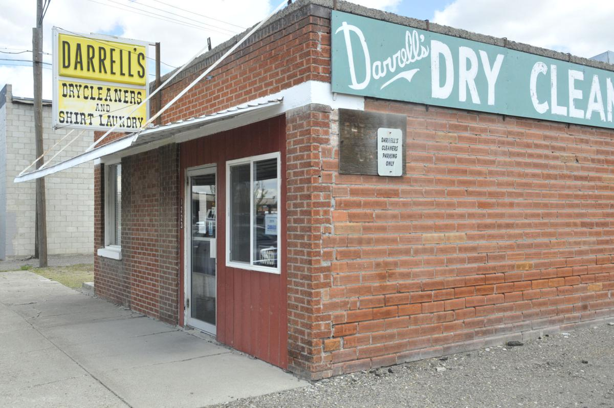 Darrell's Dry Cleaners