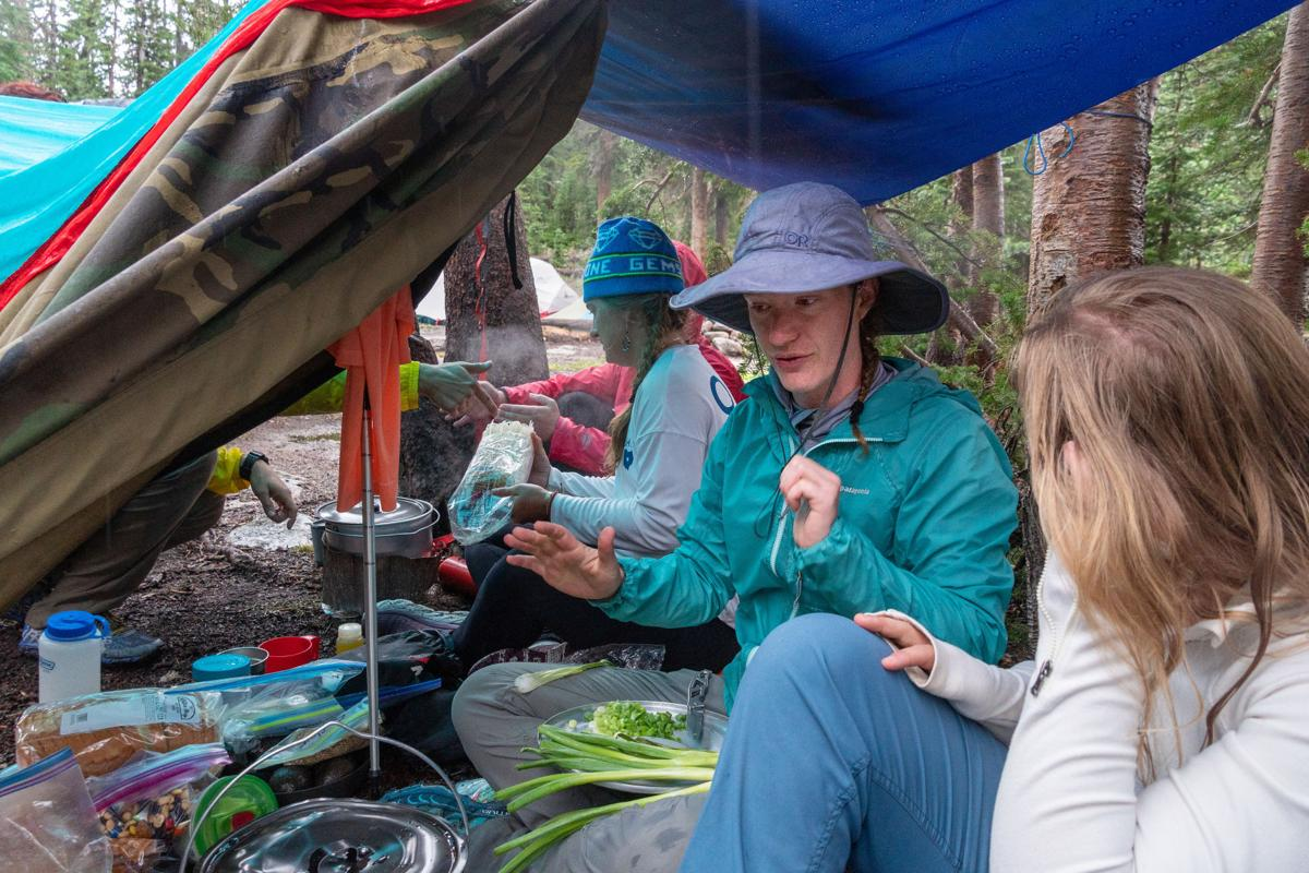 First-time backpackers learn, thrive together