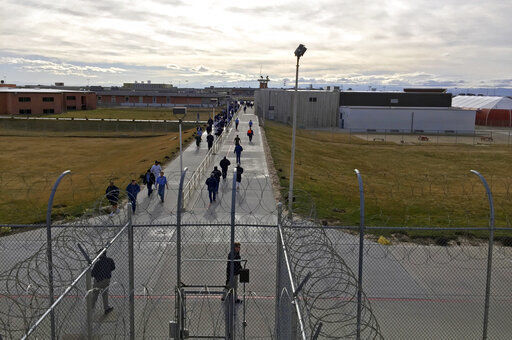 US inmates got virus relief checks, and IRS wants them back