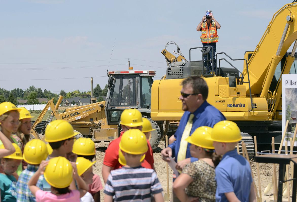 Pillar Falls Elementary School Groundbreaking