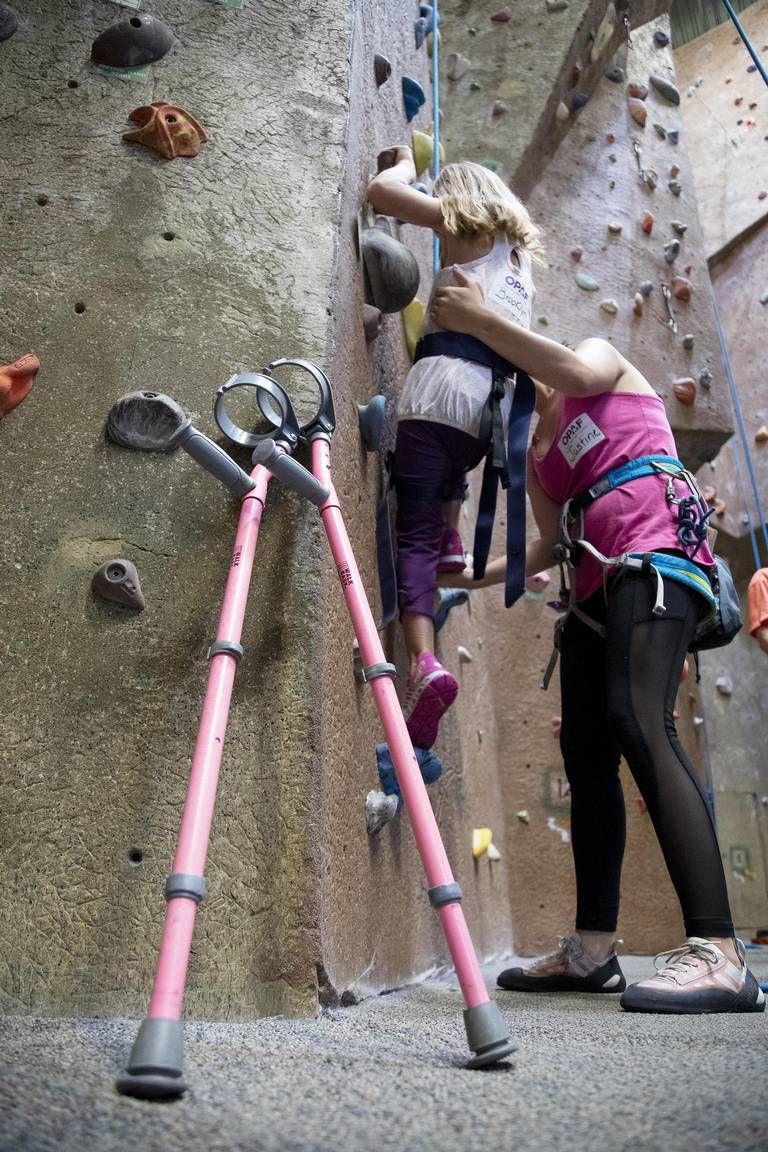 Volunteers help people with disabilities
