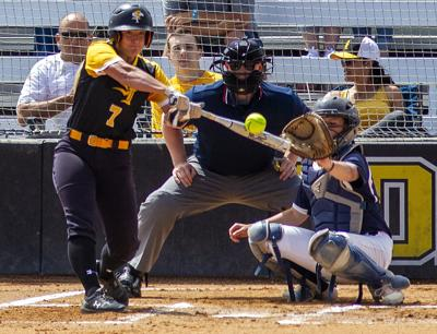 CSI defeats USU softball