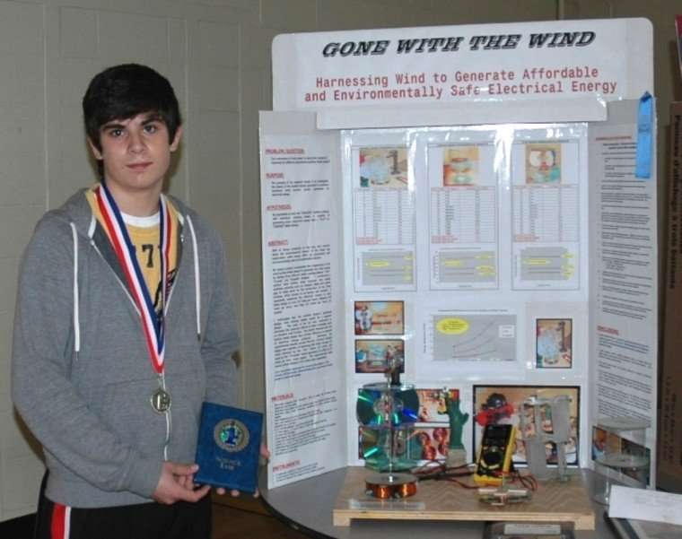 With two photos) Wind power research wins MJHS Science Fair