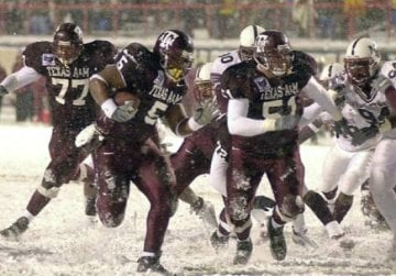 "2000 Independence ""Snow Bowl"" caught nation's attention 