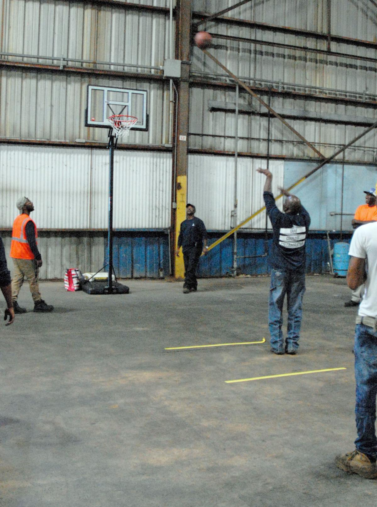 101219 Hydro basketball.jpg