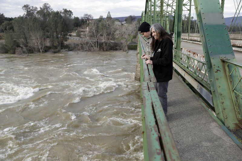 Life near Oroville Dam now shadowed by fears and concerns
