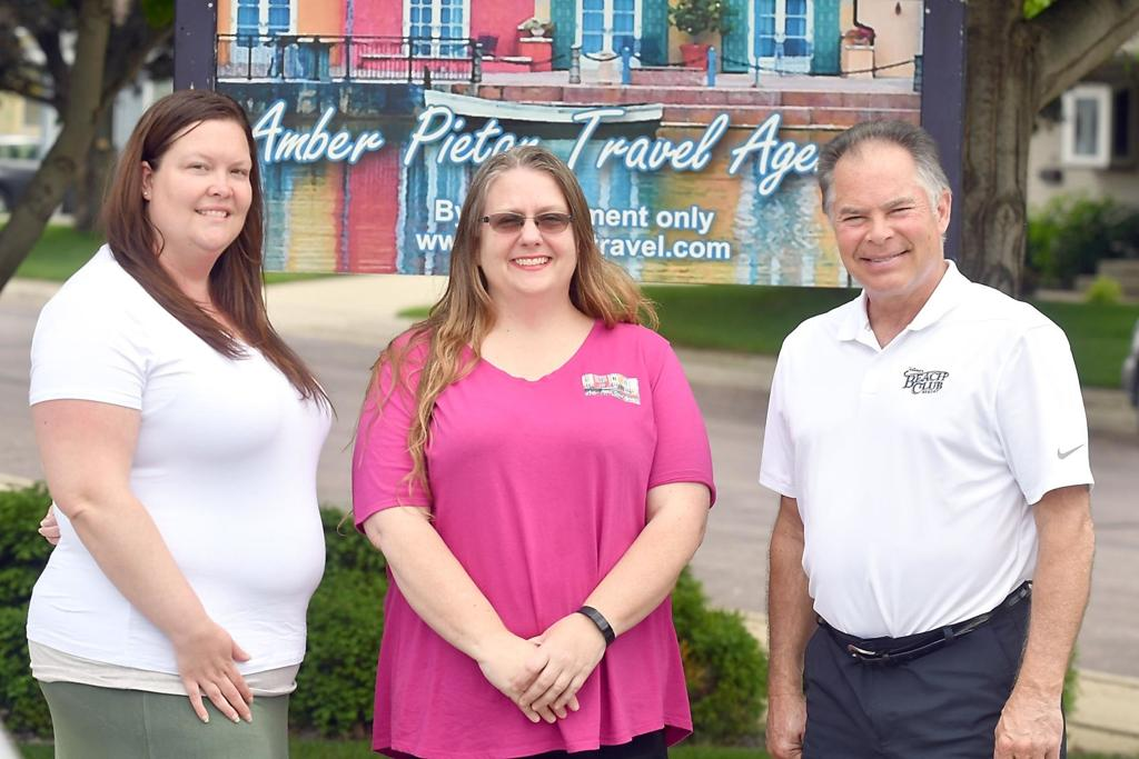 Memory Maker Travel Agent Fights For