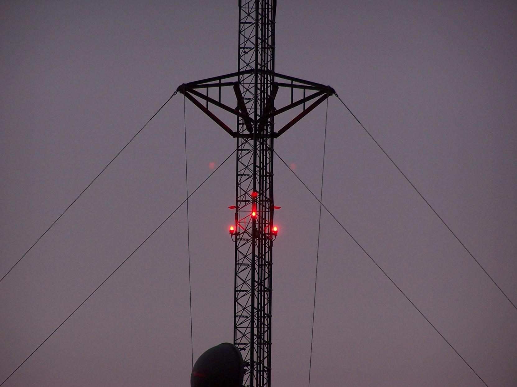 Ask Us Feds Set Rules Lights On Towers Smoke Stacks Local News Mankatofreepress Com