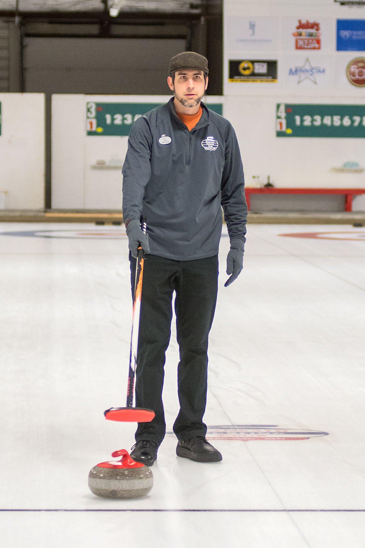 Curling Club 3
