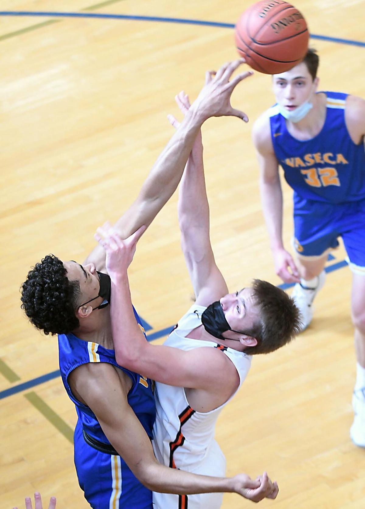 Waseca boys basketball v. Morris Area/Chokio-Alberta 2 (copy)