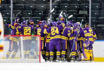 MSU men's hockey review regional 2 (copy)