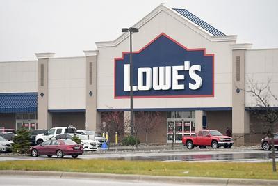 Lowe's closing
