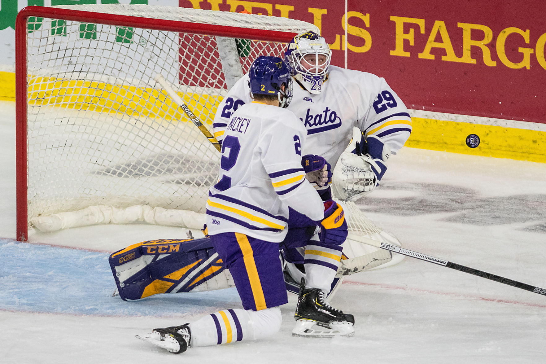 WCHA: PucKato - Rankings Rise And Conference Accolades