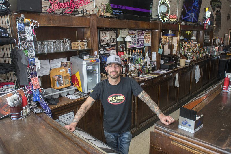 Gathering Place Henderson RoadHaus draws locals, tourists