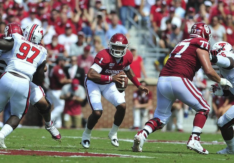 OU football: Jalen Hurts, Sam Ehlinger are a handful for each other's defenses at the goal line