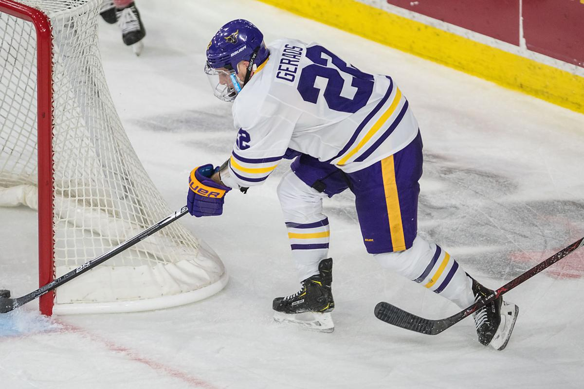 on sale d8df0 c0e62 Updated story: Minnesota State opens season with 4-3 win ...