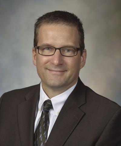 Dr. Graham King