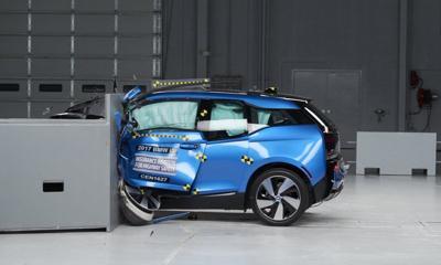 Tesla Bmw Electrics Fall Short Of Highest Crash Test Rating