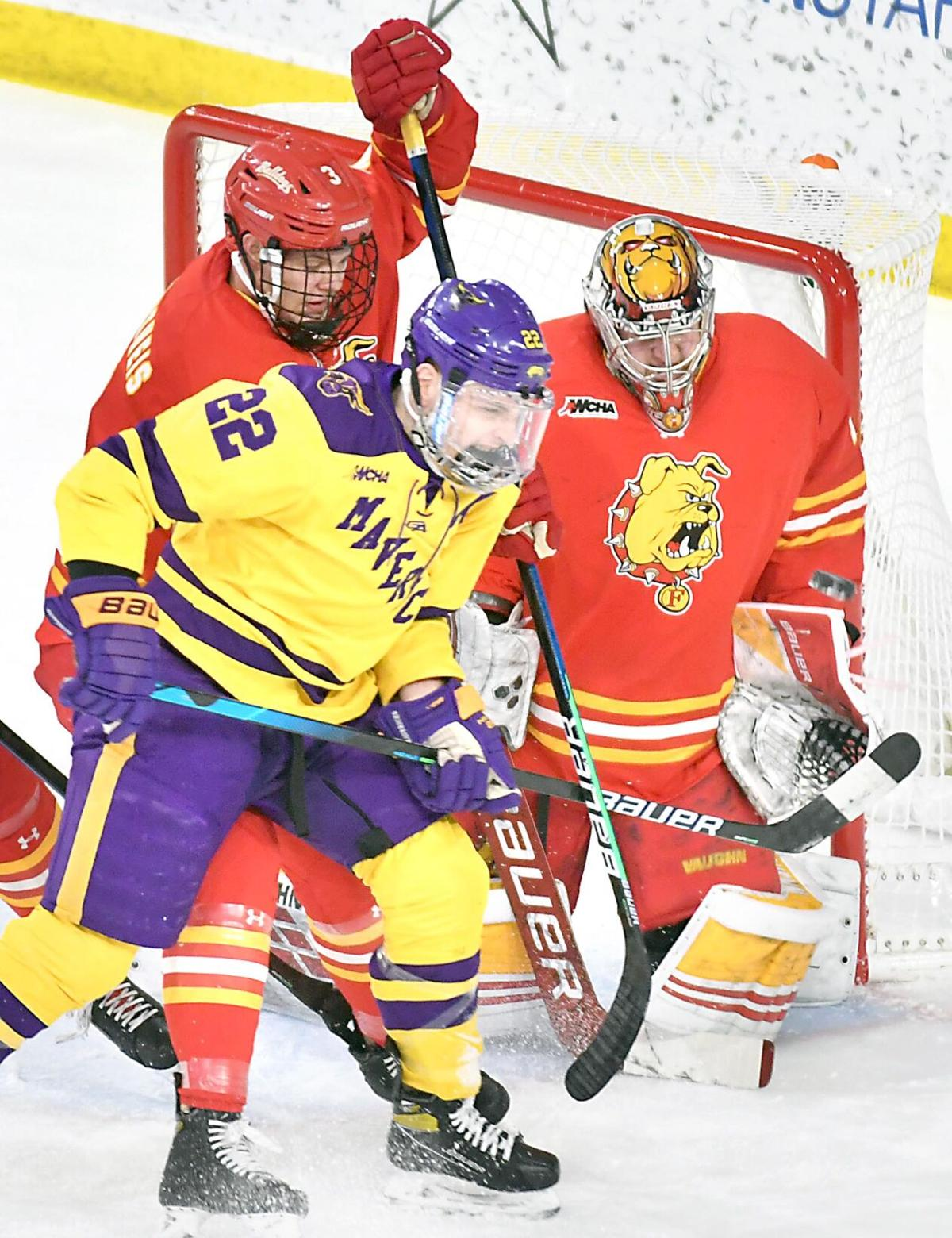 MSU men's hockey v. Ferris State 1