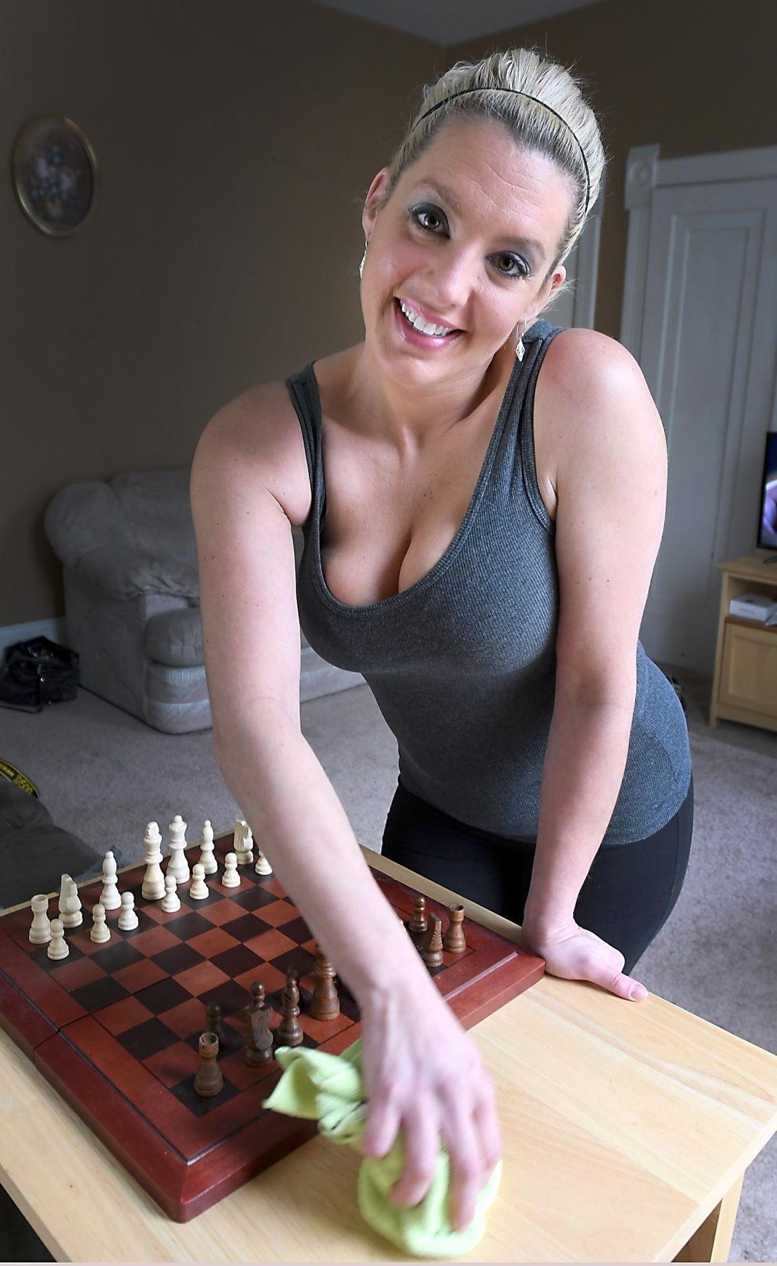 Tan girl naked exposing pussy
