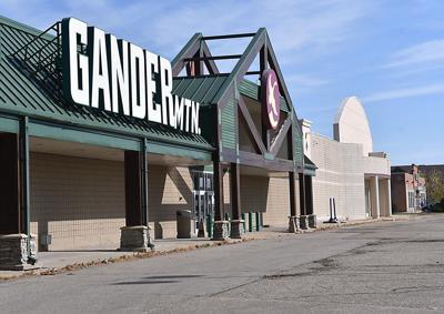 Gander Mountain/Gordman's development