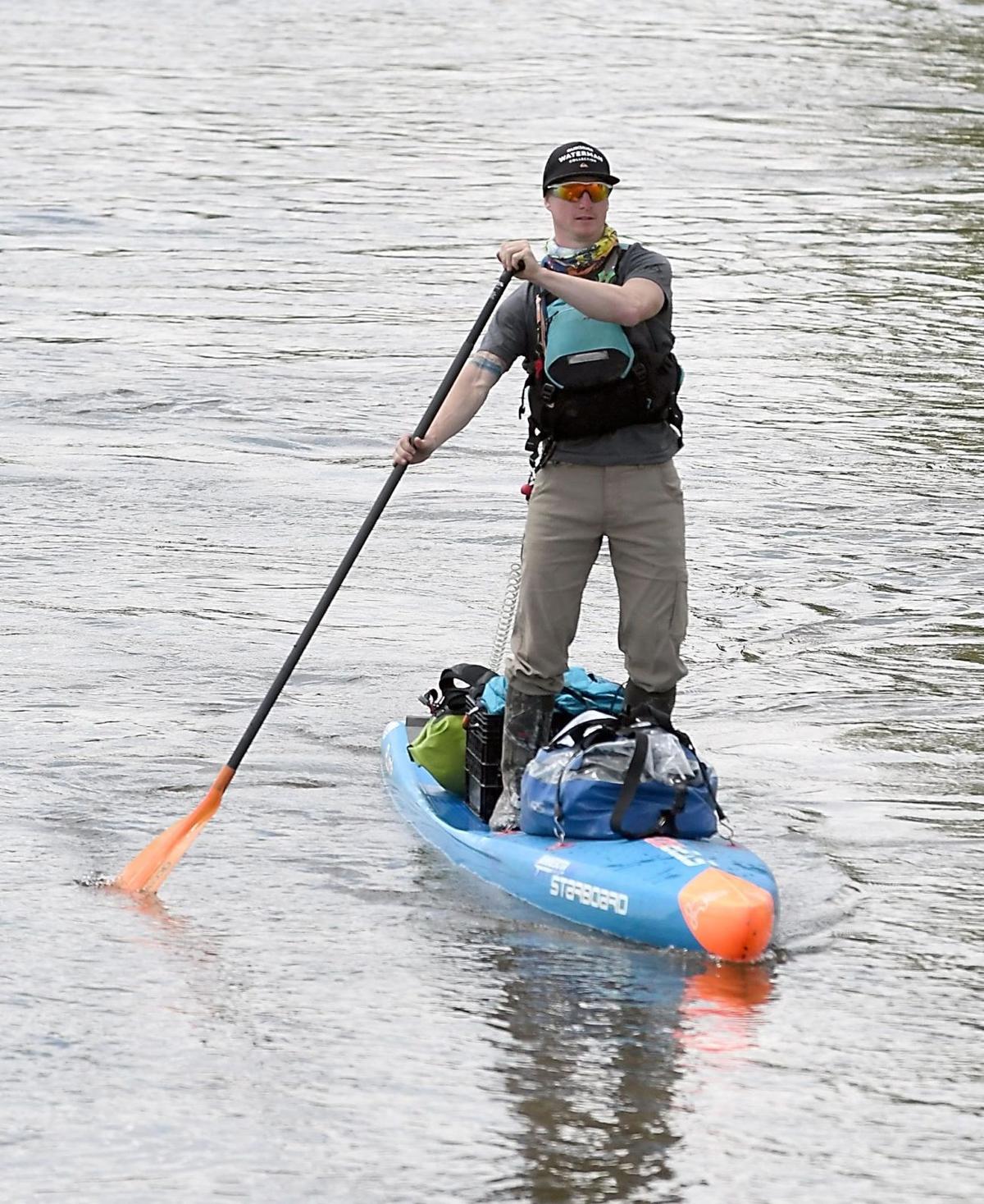 Minnesota River paddleboarder 3